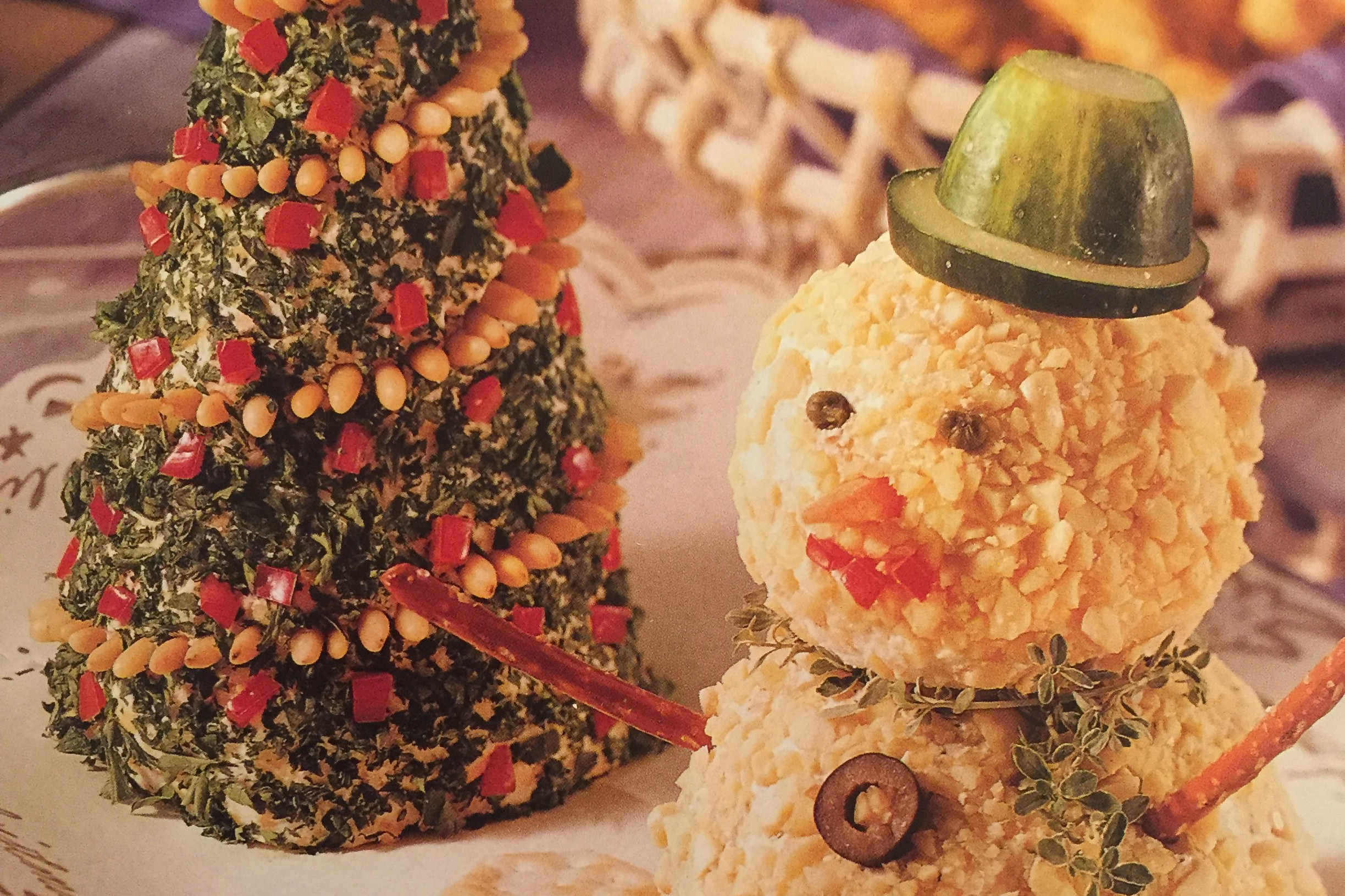 Christmas Cheese Balls