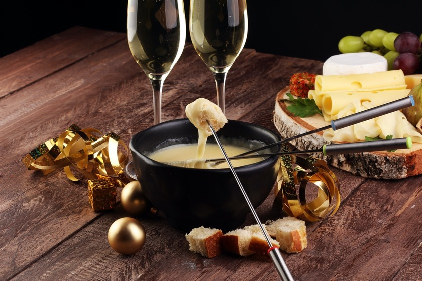 Grafton Sharp Cheddar Fondue with Woodchuck Cider